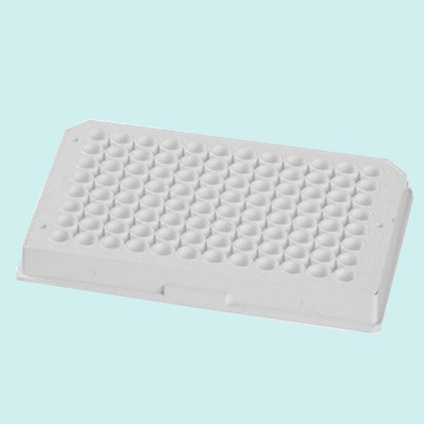 Placa 96 poços branca, em poliestireno, fundo plano branco, não tratada, sem tampa, não estéril, pacote com 25, caixa com 100 unidades econolab, código 3912, marca Corning